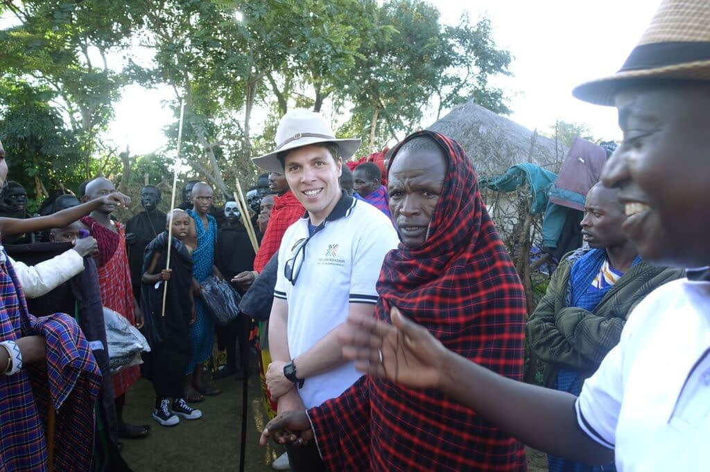 I was honored to be invited to a Masai circumcision ceremony in Enjoro village. In a short presentation before the 'main event', I gifted the young men their ceremonial garments.