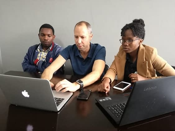 Volunteer Darren mentoring Tanzanian social entrepreneurs