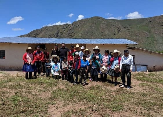 Volunteer Agnes with WindAid colleagues in Yahuarmarca