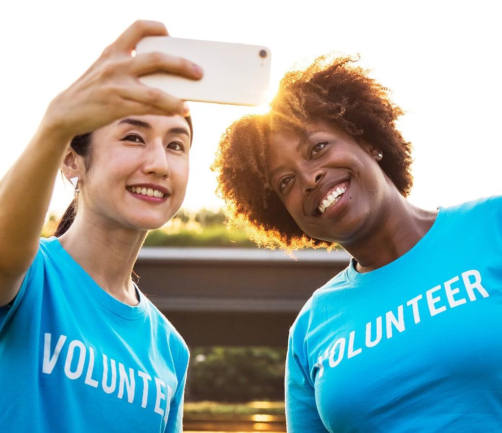 Volunteer Selfie MovingWorlds Travel Tips
